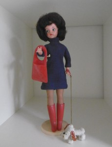 The original Sindy was a bit older than mine. She was launched in 1963 and like miine had very shiny, possibly unwashed (forever) hair.